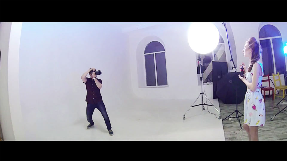 Закулисная съемка фотосессии в студии